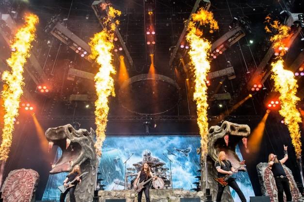 Amon-Amarth-Live-2016