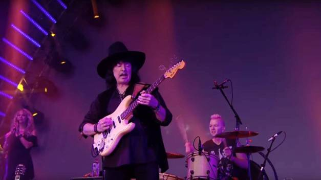 ritchie-blackmore-el-autor-del-smoke-on-the-water-no-volvere-a-escribir-rock
